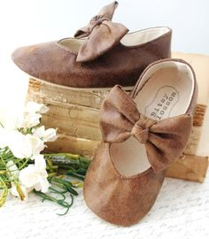 Brown Baby Shoes Girl Infant Girl Shoes Toddler by BitsyBlossom