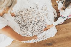 Honest and Relaxed Wedding Photography Relaxed Wedding, Lace Wedding, Wedding Dresses, Wedding Photography, Tops, Women, Fashion, Bridal Dresses, Wedding Shot