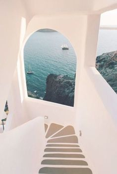 Santorini in the European Summer is something everyone simply must experience My guide to Santorini from my recent trip. My fav Greek dishes restaurants things to do fashion and plenty of travel photo inspiration Wow Travel, Travel Goals, Travel Tips, Time Travel, Travel Destinations, Cheap Travel, Travel Videos, Travel Europe, Travel Hacks
