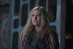 Clarke (Eliza Taylor) on The 100