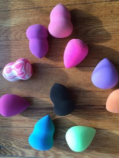 These are all the makeup sponges I have. I was a girl who never wore foundation & now I find myself dealing with it all the time. I bought my 1st makeup sponge at TJMaxx, & I have been fa…