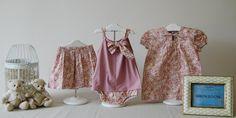 Falda, vestido y conjunto de pololo y camiseta. Estampado: flores rosa maquillaje