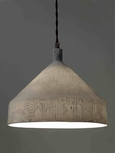 comment fabriquer une lampe suspendue avec de la corde en sisal bricolage photos et lumi res. Black Bedroom Furniture Sets. Home Design Ideas