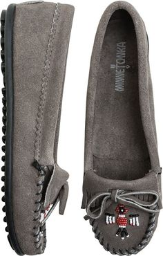 Minnetonka Thunderbird Moccasin, grey http://www.swell.com/Womens-View-All-Footwear/MINNETONKA-THUNDERBIRD-II-MOCCASIN-4?cs=GR