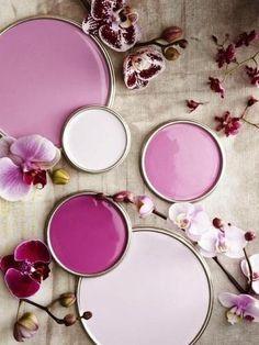"""Decorar habitaciones color lavanda""""Fuente:  nombredelafuente""""> Pinterest""""Puestas a variar el color de la decoración de habitaciones del hogar, podemos ponernos o muy coloridas, románticas, osadas y hasta conservadoras"""