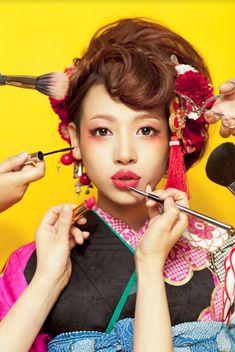 Kimono Japan, Japanese Kimono, Japanese Trends, Innocent Girl, Japanese Hairstyle, Dress Hairstyles, Hanfu, Grand Opening, Maid Of Honor