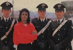 005 - Photo de Michael Jackson visite Rome - On Michael Jackson's footsteps Hee Man, Mj Bad, Michael Jackson Bad Era, Jackson Family, Mike Jackson, King Of Music, The Jacksons, Album, Actors