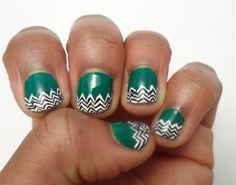 Black and White Chevrons by nailartshow - Nail Art Gallery nailartgallery.nailsmag.com by Nails Magazine www.nailsmag.com #nailart