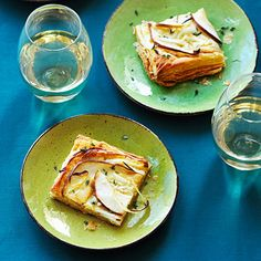 Easy Party Appetizers: Blue Cheese and Pear Tart