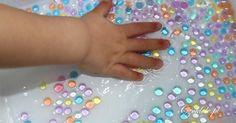 Water beads - sensory activities for kids. Hydrożel (wodne kulki) do zabawy - Czoklele