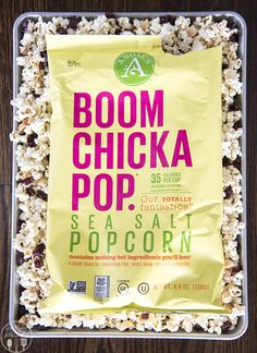 White Chocolate Cranberry and Macadamia Popcorn Mix - This simple ...