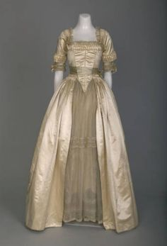Wedding Gown by Lucile, 1916, currently on display at the Chicago Museum