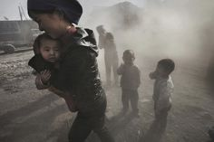 Development and poluution, Mongolia, by Lu Guang —Worldpress photo award