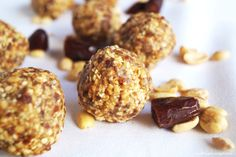 If you're looking for a new healthy snack to satisfy your afternoon cravings, I have just the recipe! These Peanut Date Bites require only...