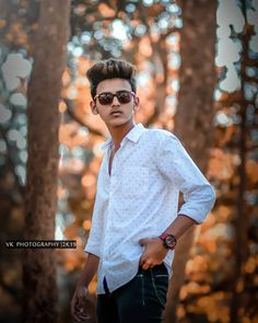 New Best Trending Pose For Boys 2019 - Tutorial Photoshop cc Best Free Lightroom Presets, Lightroom Presets For Portraits, Photo Pose For Man, Blur Background Photography, Abstract Photography, Digital Photography, Photo Editing Websites, Mens Photoshoot Poses, Photography Poses For Men