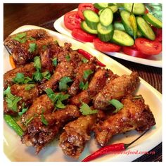 Roasted chicken thighs w fish sauce and saute <3. How abt your choice? What will you cook if you choose chicken thigh today for your main meal? ;;)  Discover many chicken recipes at www.vietnamesefood.com.vn