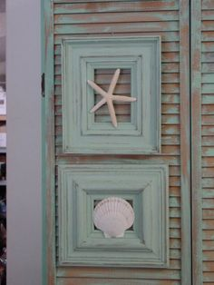 Framed Seashells: Paint boring brown wooden frames beachy blue & distress. Use e6000 adhesive to attach large seashells in center.