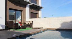 €89 La Casa Alba ocupa un alojamiento en Ciudad Quesada, a 37 km de Alicante. También dispone de terraza. Además, hay WiFi gratuita.