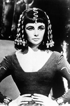 Elizabeth Taylor in Cleopatra 1963