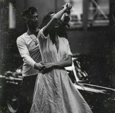 Vintage love photography romances posts 65 New ideas Couple Goals Cuddling, Photo Couple, Young Love, Hopeless Romantic, Romantic Dance, Vintage Love, Vintage Romance, Couple Pictures, Couple Ideas