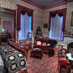 ladies 39 elegant bed room 1800 39 s home