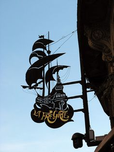 restaurant la Frégate Toulouse 29 by christine.petitjean, via Flickr -