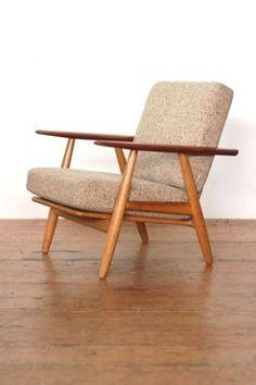 Hans Wegner cigar chair by stacy