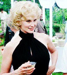 Jessica Blue sky Hollywood Glamour, Hollywood Actresses, Actors & Actresses, Julia Roberts, Meryl Streep, Blue Sky Movie, Jessica Lange Ahs, Celebrity Travel, Iconic Women