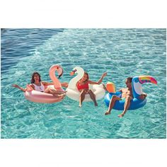 The makeover your pool has been waiting for. Make the sunny season one to remember with Sunnylife's Insta-famous floats. If you like summer then put a ring on it with the Flamingo Luxe Pool Ring. Pool Party Games, Pool Party Decorations, Llama Birthday, Sunnylife, Pool Floats, Flamingo Inflatable, Pictures, Photos, Picture Ideas