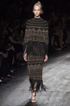 Valentino Spring 2016 Ready-to-Wear Fashion Show - Cameron Traiber (Supreme)
