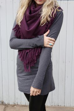 Black leggings, with gray long sleeve, and violet scarf. Would look good with distressed brow boots(tall)