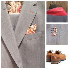 Zo mooi... je eigen kostuum voorzien van jouw voering, jouw knopen en nog meer persoonlijke details! Tote Bag, Bags, Fashion, Purses, Moda, Fashion Styles, Tote Bags, Taschen, Totes