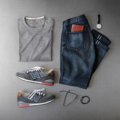 Saturday night kickin it. Shirt: @apolis Transit Issue Merino Tee Shoes: @newbalance Made in USA 996 Distinct Retro Ski Glasses: @persol Cellor Series Black Watch: @uniformwares C40 Cordovan Strap De