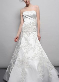 ENCHANTING SATIN A-LINE STRAPLESS NATURAL WAIST PLEATED BEADED APPLIQUES WEDDING DRESS GOWN PROM BRIDAL