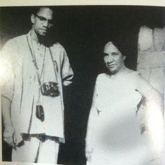 Malcolm X pictured with Shirley Graham Du Bois, widow of WEB Du Bois, at her home in Ghana 1964 Malcolm X Quotes, Stokely Carmichael, Black Leaders, X Picture, By Any Means Necessary, Sports Memes, Important People, African American History, Black Power