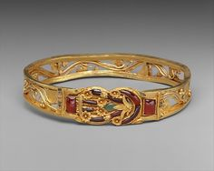 Greek. Gold armband with Herakles knot, 3rd–2nd century B.C. The Metropolitan Museum of Art, New York. Purchase, Mr. and Mrs. Christos G. Bastis Gift, 1999 (1999.209)