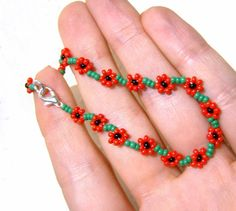 Poppy Friendship Bracelet : Beaded Poppy Bracelet, Seed Bead Bracelet, Red Flower, Floral Bracelet UK Seller