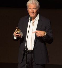 Richard Gere despre iadul din noi - Vrăjitoare Witches Com Richard Gere, Anthony Hopkins, Witches, Celebrities, Celebs, Foreign Celebrities, Witch, Celebrity