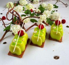 Petits gâteaux pistache/griotte