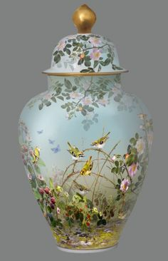 Rose garden with birds - Vase. Porcelain Jewelry, Porcelain Ceramics, China Porcelain, Porcelain Tiles, Chinoiserie, Painted Vases, China Painting, Antique China, Ginger Jars