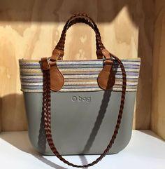 Fashion Handbags, Tote Handbags, Purses And Handbags, Fashion Bags, Leather Accessories, Handbag Accessories, Sacs Kipling, Sacs Design, Fab Bag