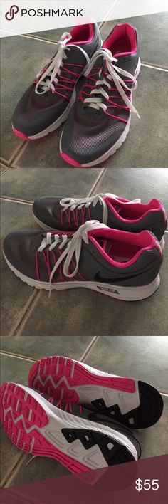 Women's NIKE Air Relentless 6 Brand New women's NIKE Air Relentless 6. Size: 9.5 No Trade and no box included. Nike Shoes Athletic Shoes