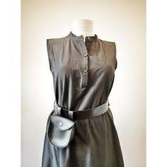 Rochie midi fara maneci, accesorizata cu centura cu borseta, nasturei la gat si la baza inferioara Dresses For Work, Fashion, Moda, Fasion, Trendy Fashion, La Mode