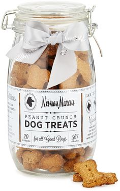 Shop Peanut Crunch Dog Treats from Harry Barker at Neiman Marcus Last Call, where you'll save as much as on designer fashions. Gourmet Dog Treats, Homemade Dog Treats, Pet Treats, Dog Treat Recipes, Healthy Dog Treats, Dog Food Recipes, Dog Treat Packaging, Biscuits Packaging, Food Packaging