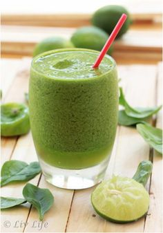 """Start the New Year off the right way with some of these healthy (and, more importantly, delicious) """"detox"""" recipes. #Greatist https://greatist.com/health/new-year-detox-recipes"""