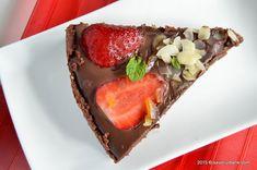 Tarta cu capsuni si ciocolata - fara coacere | Savori Urbane Panna Cotta, Cheesecake, Baking, Ethnic Recipes, Desserts, Food, Pie, Tailgate Desserts, Dulce De Leche
