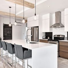 Everything You Need To Know About New Kitchen Countertops Do It Yourself - Do İt Yourself Great İdeas Condo Kitchen, Diy Kitchen, Kitchen Remodel, Kitchen Decor, Kitchen Design, Refinish Countertops, New Countertops, Kitchen Ideas Singapore, Small Kitchen Storage