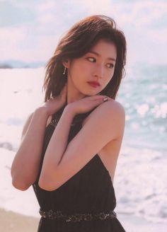 Kpop Girl Groups, Korean Girl Groups, Kpop Girls, Sana Momo, Sana Minatozaki, Twice Sana, Girl Crushes, Beautiful Asian Girls, Ulzzang Girl