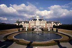huis ten bosch - ค้นหาด้วย Google The Hague, Mansions, House Styles, Google, Home Decor, Mansion Houses, Homemade Home Decor, Villas, Fancy Houses