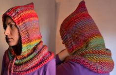 Knitted hood pattern, using super bulky yarn and circular needles, free tutorial in Spanish and English Knit Slippers Free Pattern, Knitted Slippers, Knitted Hats, Crochet Chain, Diy Crochet, Crochet Stitches, Loom Knitting, Knitting Patterns, Knitting Ideas